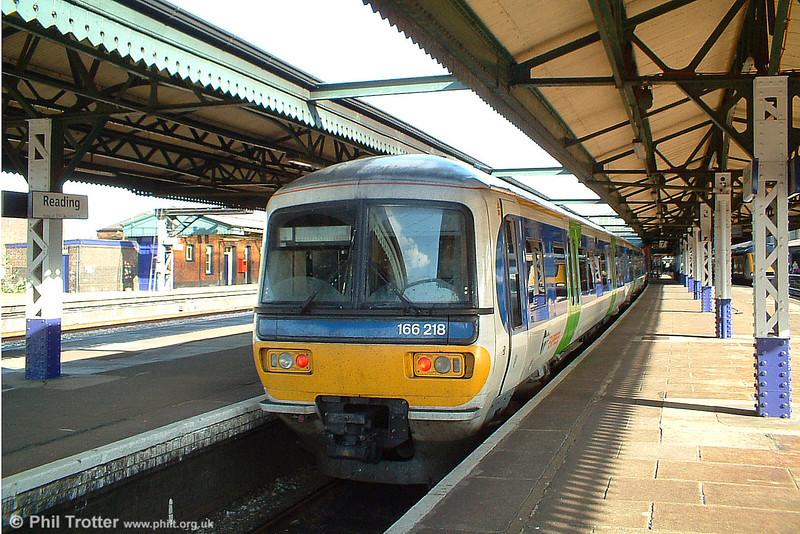 166218 at Reading, 9th October 2003.
