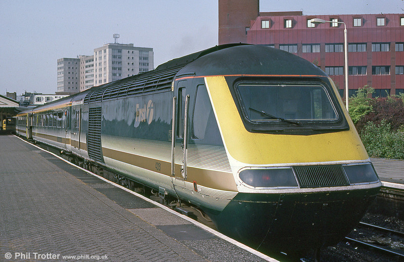 43151 at Swansea in September 2001.