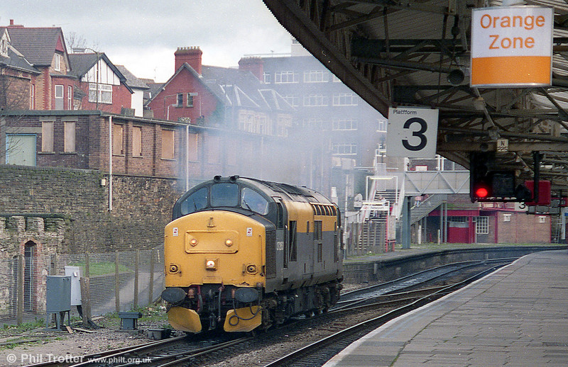 37263 at Newport in 1995.