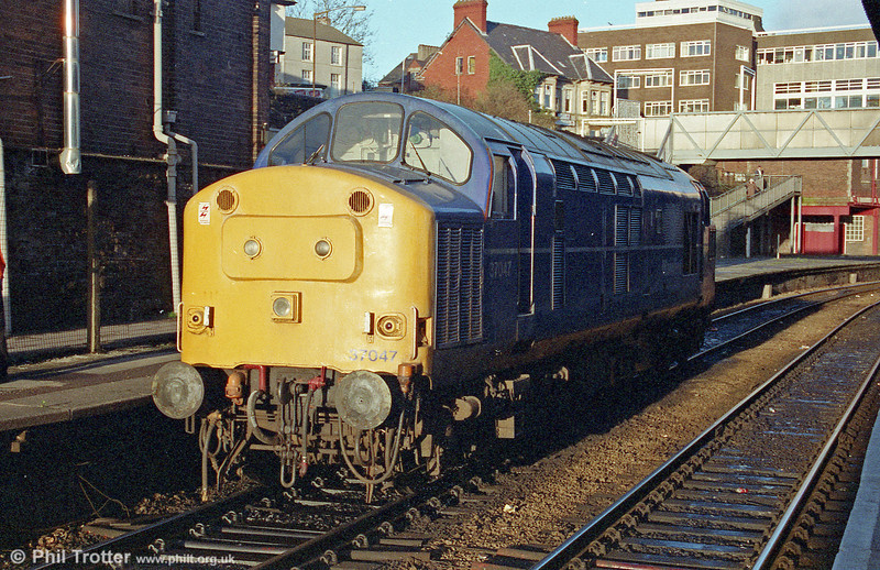 Mainline liveried 37047 at Newport on 16th January, 1998.