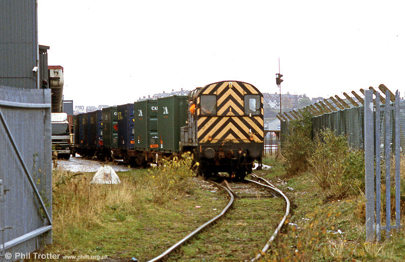 09011 shunting coal containers at Barry Docks on 21st October 2002.