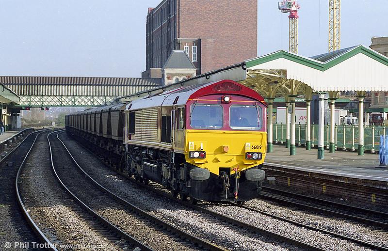 Brand new 66019 heads an mgr train through Newport.