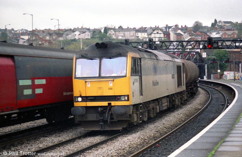 60086 'Schiehallion' on an oil train at Newport.