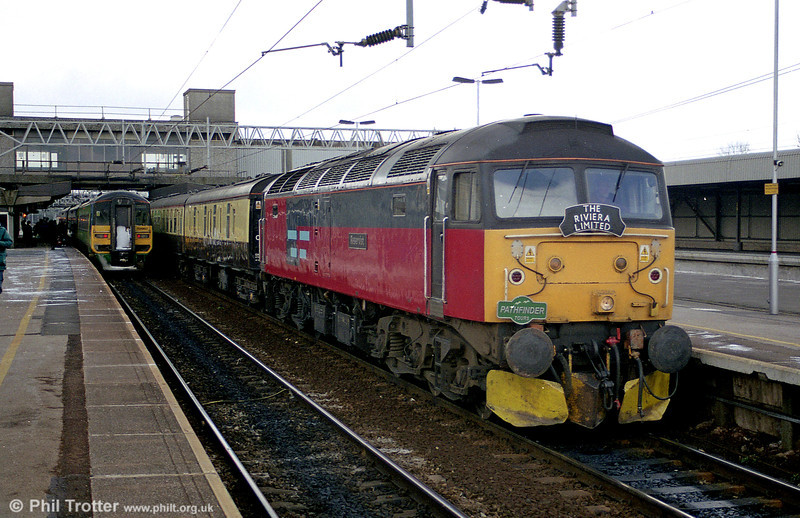 47773 'Reservist' pauses at Stafford with 1Z37, 0743 Cardiff to Inverness on 2nd March 2001.