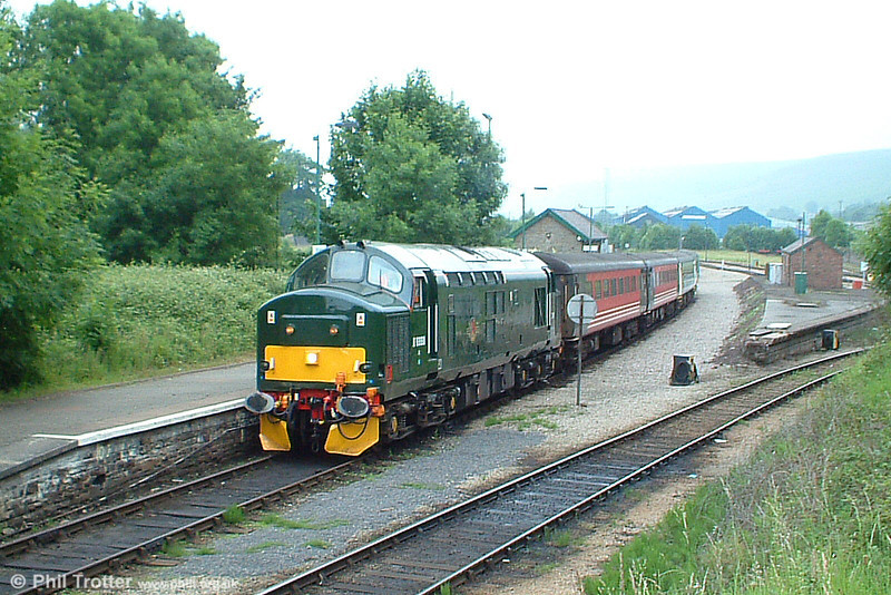 A further view of 37411 (D6990) at Rhymney with the 0959 Arriva service from Cardiff on 25th June 2005. The locomotive was formerly named 'The Scottish Railway Preservation Society'.