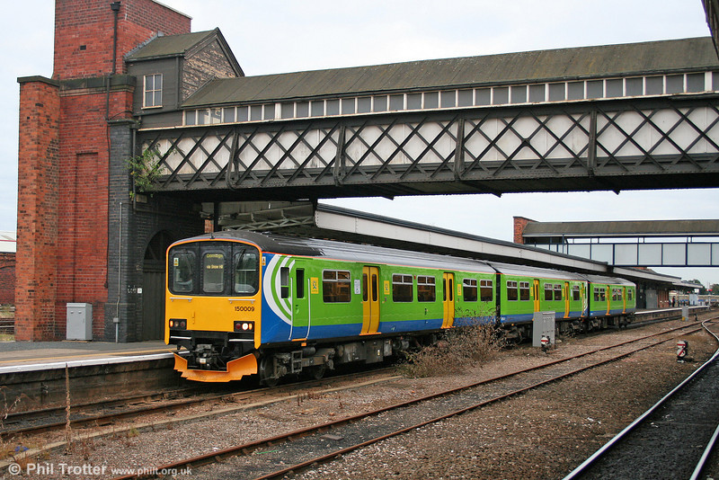 Central's 150009 departs from Worcester Shrub Hill with a service for Dorridge on 24th September 2005.