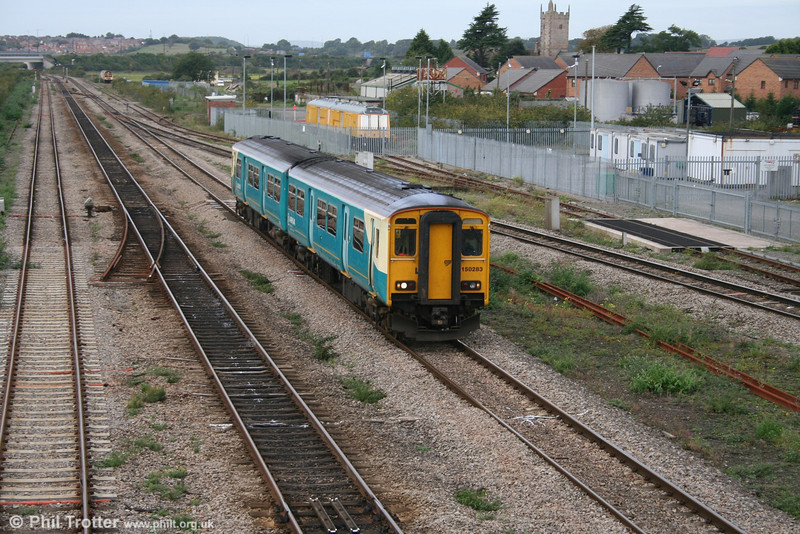 Arriva 150283 at Severn Tunnel Junction with a Gloucester service on 2nd October 2005.