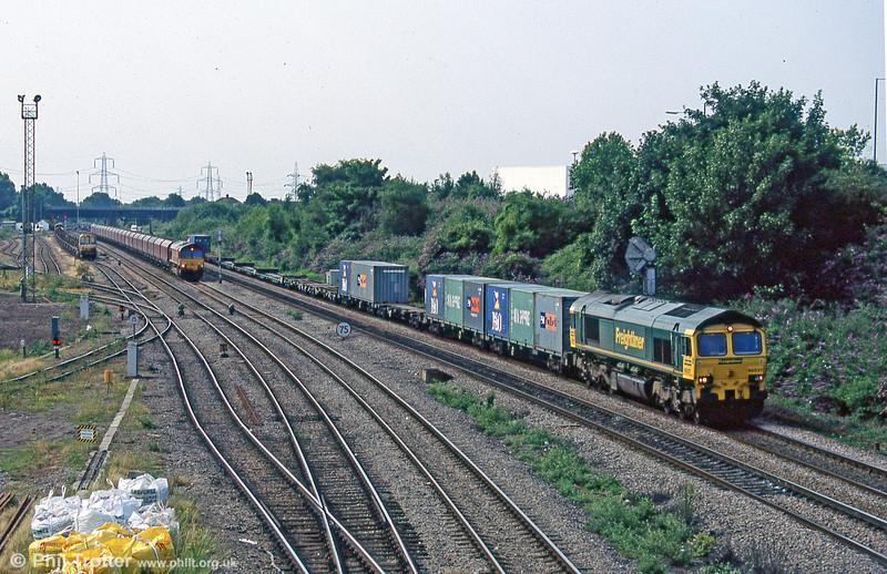 66537 passes Newport ADJ in July 2005.