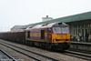 60043 at Cardiff Central with 6F80, 1013 Parc Slip to Newport Docks on 25th March 2006.