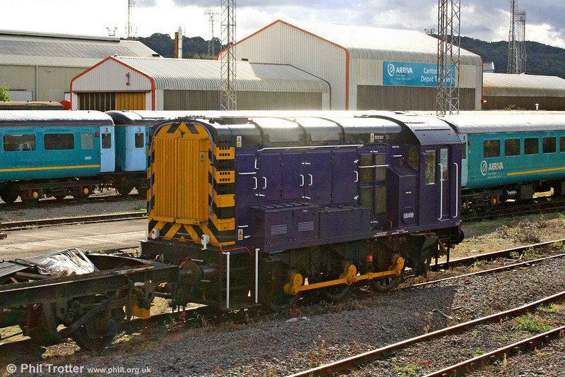 08499 as used by Pullman Rail at Cardiff Canton, on 26th August 2006.