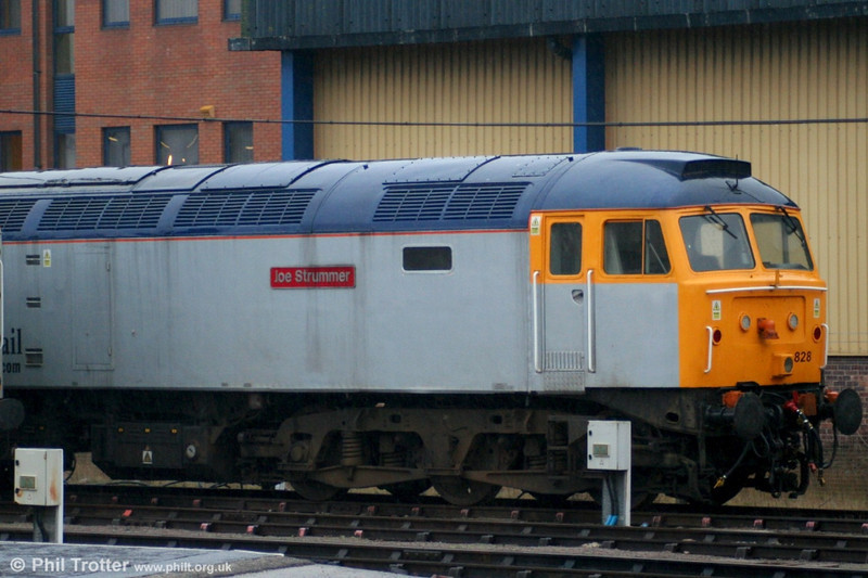 Cotswold Rail 47828 'Joe Strummer' at Gloucester on 23rd February 2006. This is the former D1966, new in October 1965.