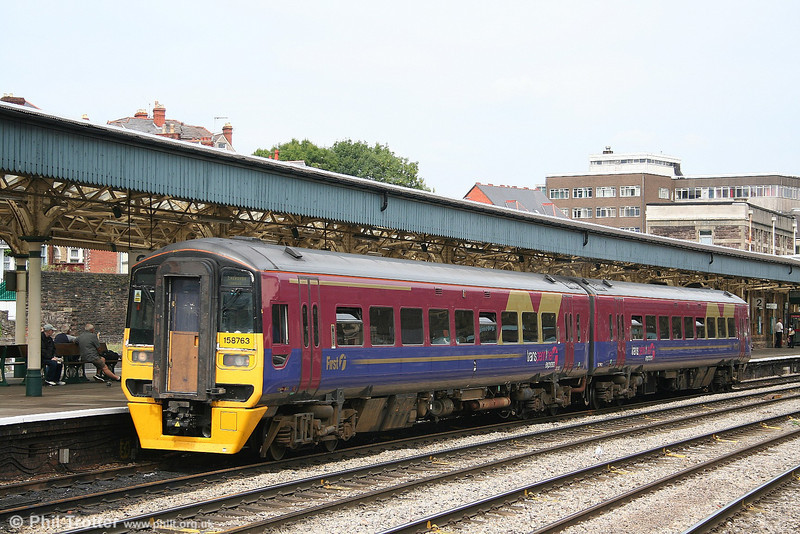 TPE liveried 158763 at Newport with the delayed 1122 Portsmouth Harbour to Cardiff on 4th August 2006.