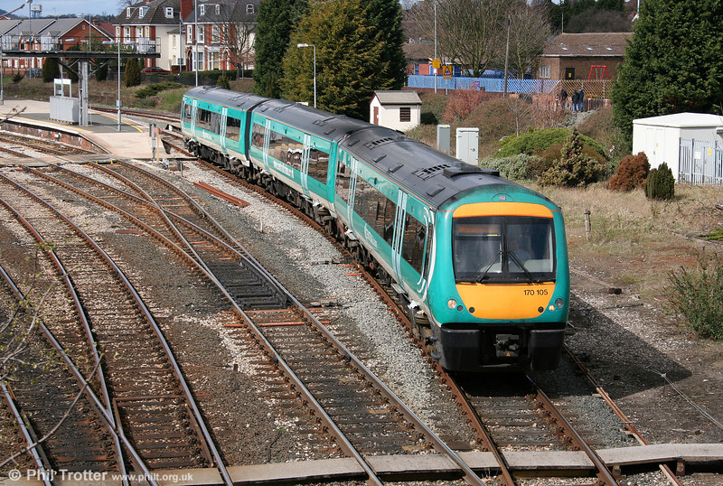Central's ex-Midland Mainline 170105 departs Hereford ready to cross over and return to Birmingham on 8th April 2006.