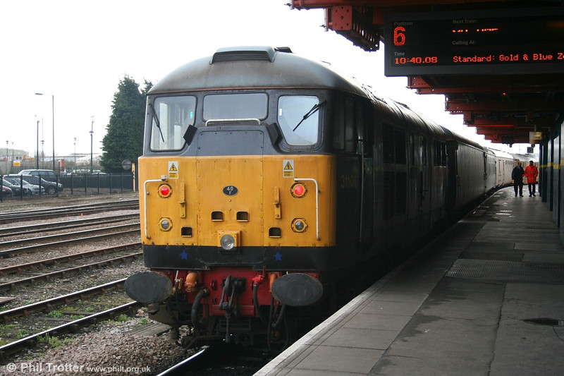FM Rail's 31106 'Spalding Town' brings up the rear of a test train headed by its sister, 31105 on 30th March 2006.
