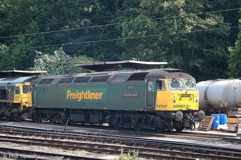 Freightliner 57007 'Freightliner Bond' (formerly 47 332) at Ipswich on 1st July 2006.