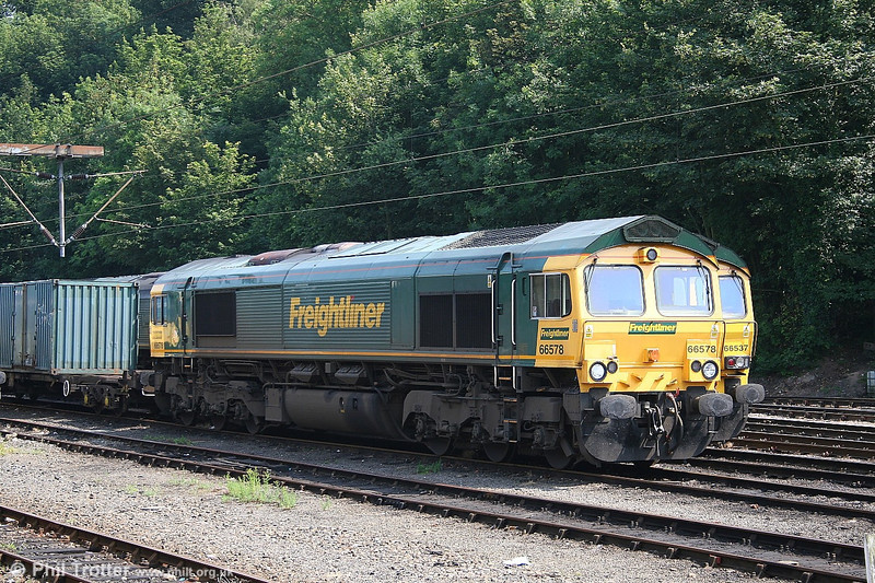 Freightliner 66 578 at rest at Ipswich on 1st July 2006.