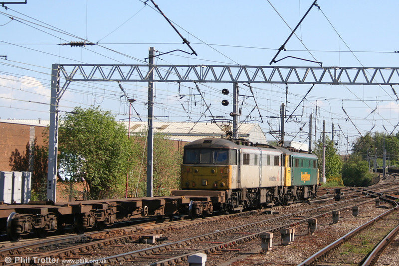 86610 and 86637 head away from Carlisle for Crewe Basford Hall on 3rd May 2007.