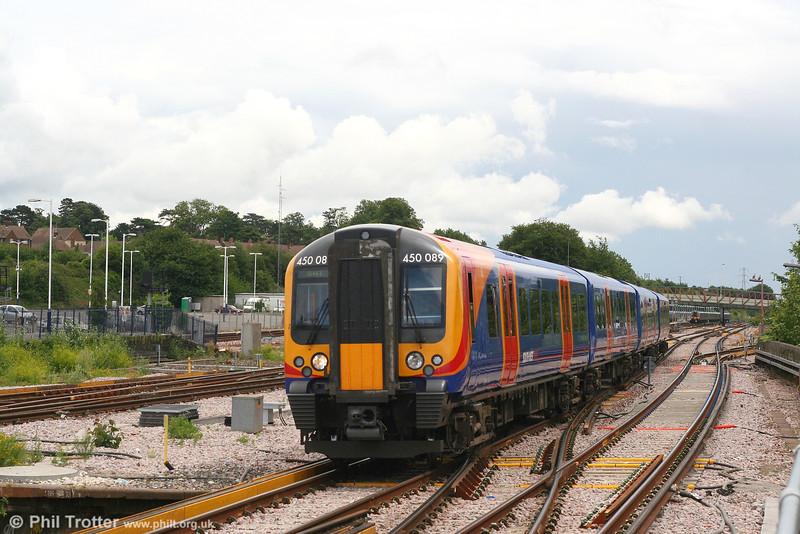 SWT 450 089 at Basingstoke on 16th June 2007.