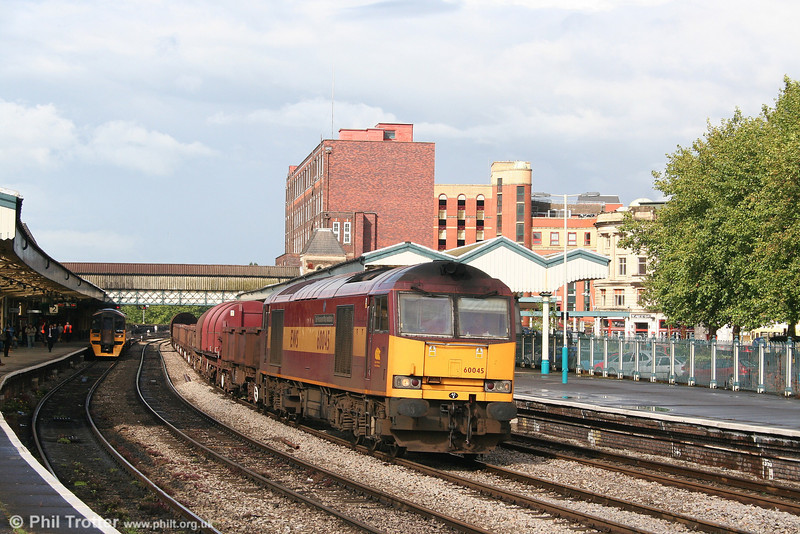 A few days later, 60045 'The Permanent Way Institution' passes through Newport with 6V07, 1321 Round Oak to Margam empty steel on 17th July 2007.