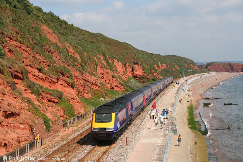 HST power cars still with a Valenta engine are decreasing rapidly; 43190 leads FGW's 1035 London Paddington to Paignton along the sea wall at Dawlish on a glorious 8th September 2007.