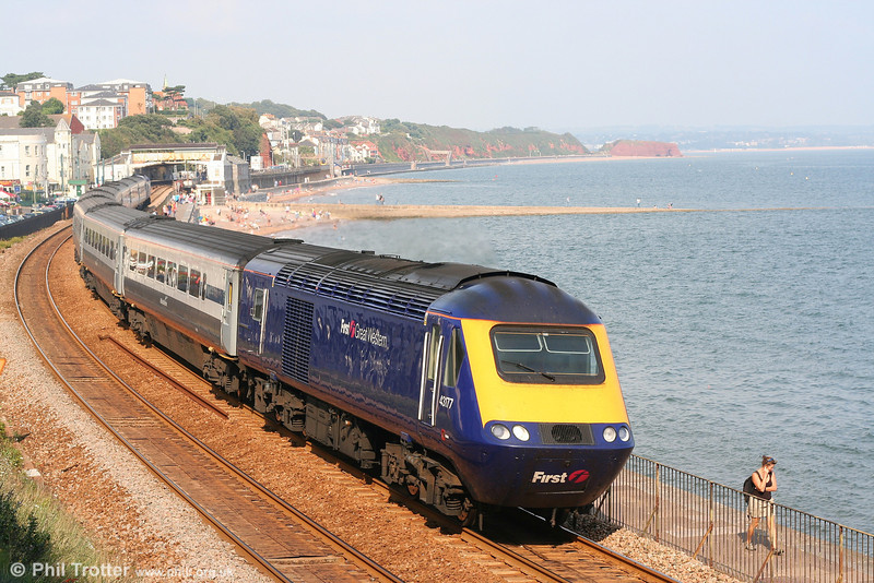 43177 leaves Dawlish heading FGW's hired-in Midland Mainline set LA79 with a train terminating at Plymouth on 8th September 2007.