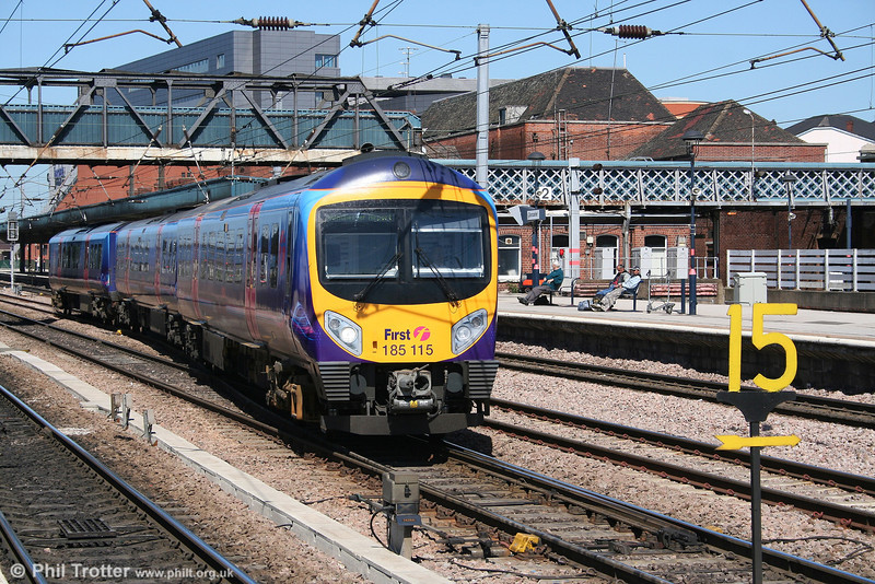 TPE 185115 leaves Doncaster with the 1228 Cleethorpes - Manchester Airport on 30th April 2007.