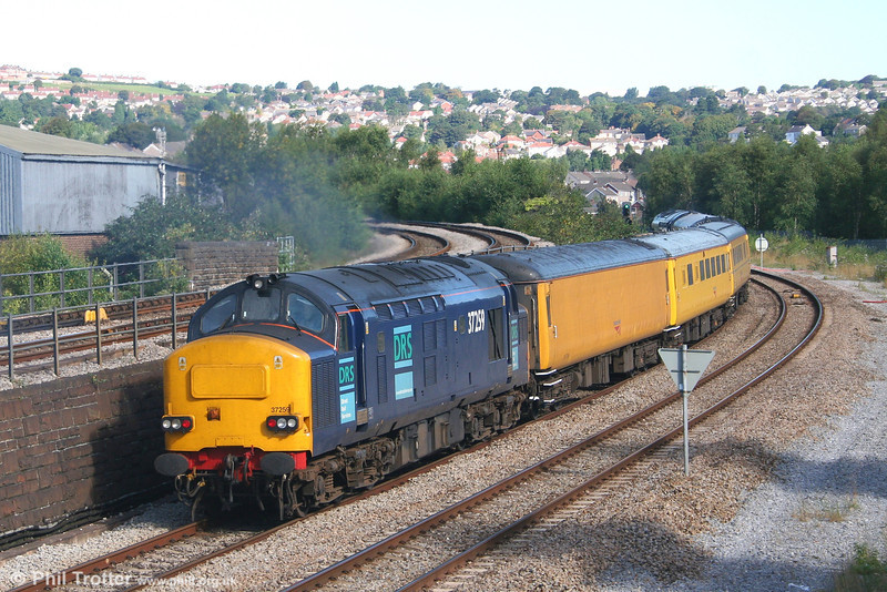 37259 brings up the rear of 1Z20, 0947 Swansea to Derby Etches Park NR replacement measurement train on 24th August 2007.