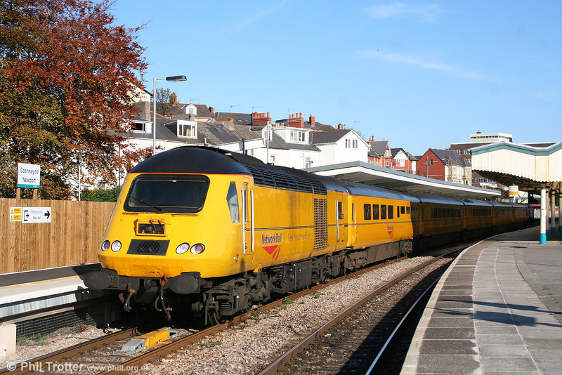 43013 at Newport with 1Z20, 0813 Crewe - Newport - Derby New Measurement Train on 2nd November 2007.