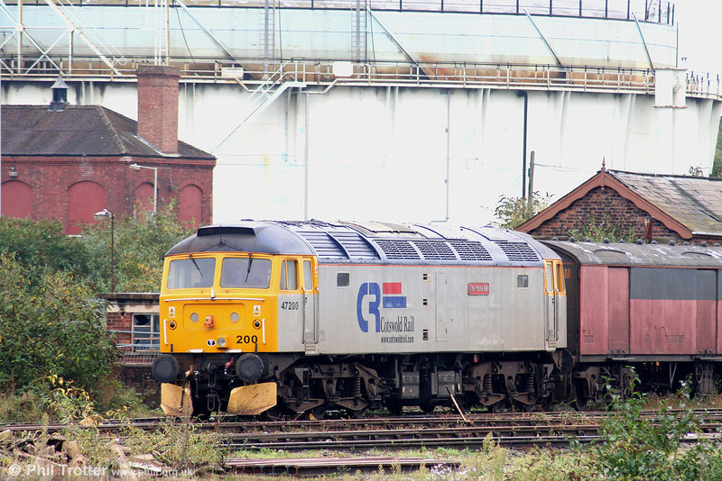 Cotswold Rail's stored 47200 'The Fosse Way' at Horton Road, Gloucester, on 29th September 2007. 47200 was new as D1850 in June 1965 and was first allocated to Crewe.