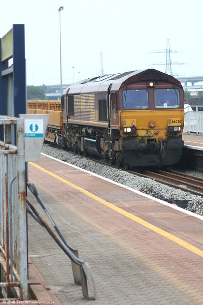 66020 waits at Briton Ferry with its load of ballast on 14th October 2007.