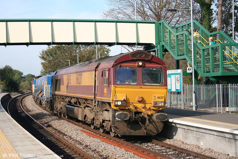 66217 heads the return 3J59, 1303 Bridgend - Pontlottyn - East Usk RHTT through Llantwit Major on 21st October 2007.
