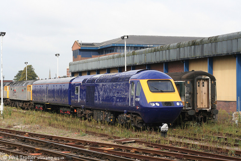 FGW 43138 parked at Gloucester on 29th September 2007. 43138 was en route from Brush, Loughborough to Landore and would continue its journey later that day.