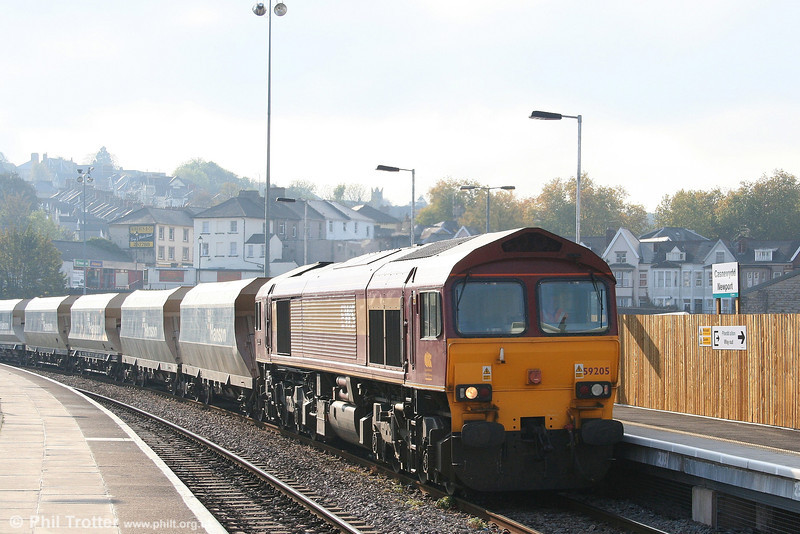 59205 'L. Keith McNair' passes through Newport with 6C80, 1310 Machen Quarry to Westbury Yard on 20th October 2007.