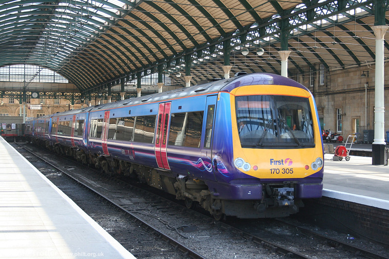 Quite convincingly disguised as a class 185 unit, 170305 rests at Hull after arrival from Manchester on 2nd May 2007.