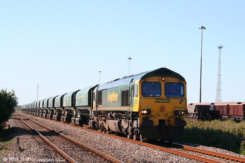 Very much on rival EWS territory, Freightliner 66531 passes Margam with 6B42, 0844 Cardiff Pengam to Neath Abbey Wharf on 8th August 2007.