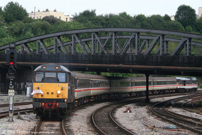 31452 'Minotaur' arrives at Bristol Temple Meads with 1Z35, 1110 Minehead to Bristol, 'Butlins Express' on 21st July 2007. 31454 brings up the rear.