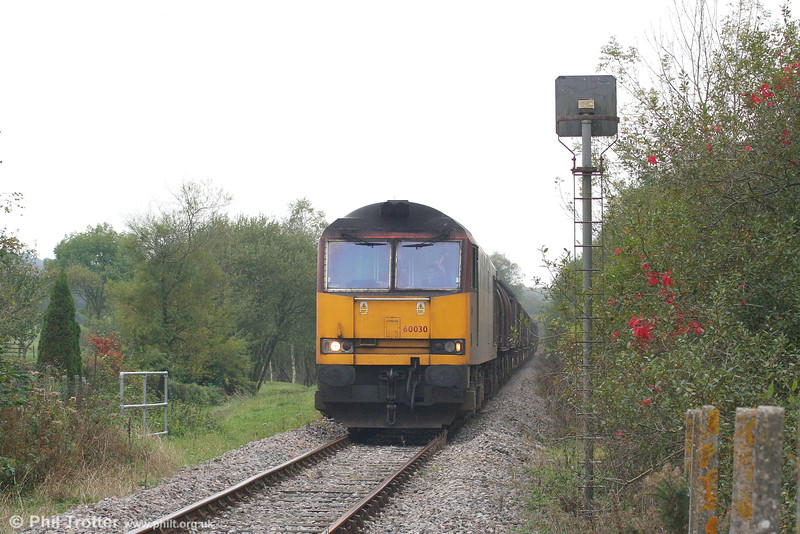 60030 approaches Fountain Crossing, near Aberkenfig with the diverted 6M41, 1150 Margam to Round Oak on 14th October 2007.