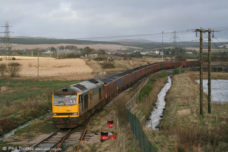 60073 shunts its train into Onllwyn Washery in order to release the return empties on 20th January 2007.