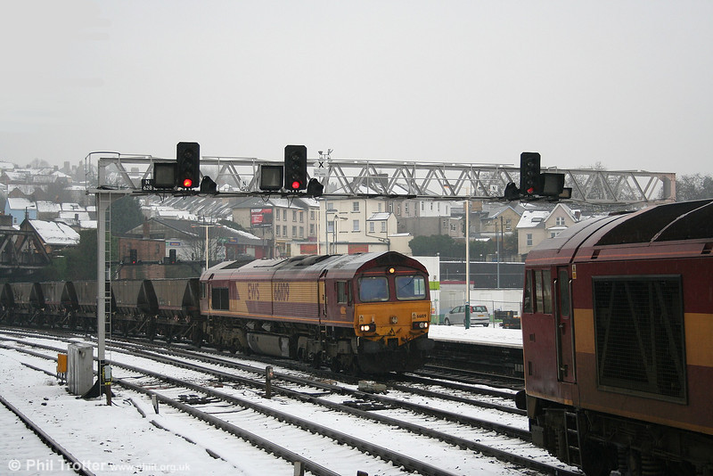 66109 on eastbound empty coal mgr passes 60097 at Newport on 10th February 2007.