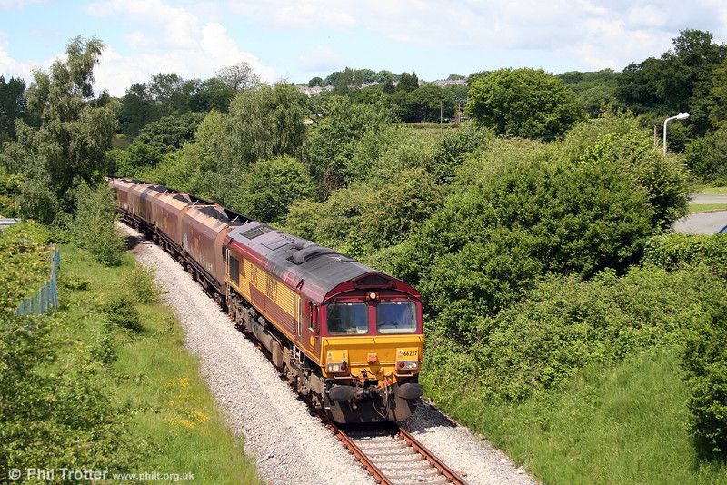 66227 near Llancaiach with 6C93, 1250 Cwmbargoed to Aberthaw Power Station on 7th June 2008.