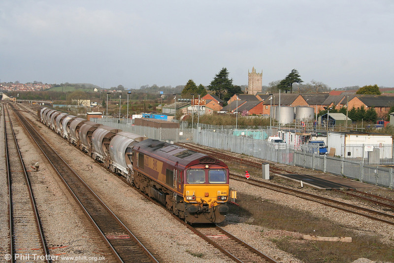 Making a change from the usual South Wales diet of coal and steel traffic, 66213 passes Severn Tunnel Junction with the diverted 6M60, 2341 (Friday) Tavistock Junction to Bescot/Cliff Vale loaded china clay on 29th March 2008.