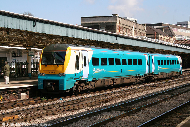 Another ATW class 175 in the new livery is 175010, seen here at Newport forming the 0615 Holyhead to Cardiff Central on 15th April 2008.