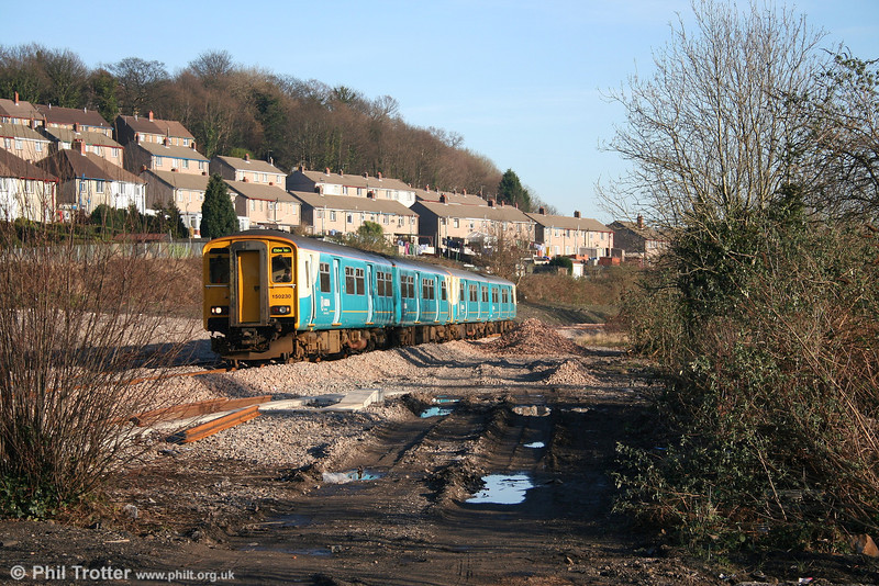 150230 approaches Risca & Pontymister forming the 1435 Cardiff to Ebbw Vale on 9th February 2008.