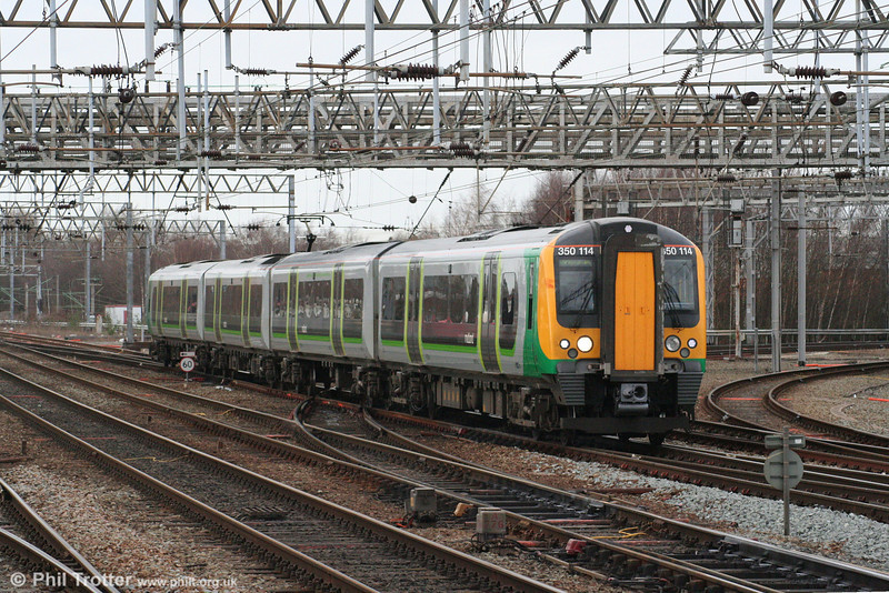 LM 350114 returns to Crewe, now forming the 1437 Liverpool Lime Street to Birmingham New Street on 1st March 2008.