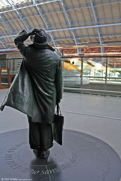 Sir John would, no doubt, have been impressed with the high standard of restoration at St. Pancras and with the possibilities for international travel afforded by the Channel Tunnel. 20th September 2008.