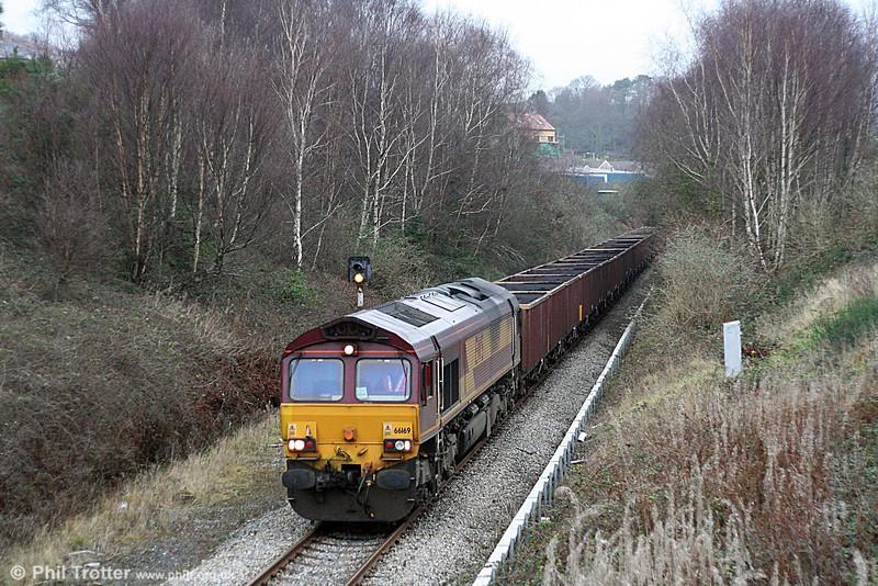 66169 heads through Neath Abbey with 6F81, 1520 Onllwyn to Margam on 20th December 2008.
