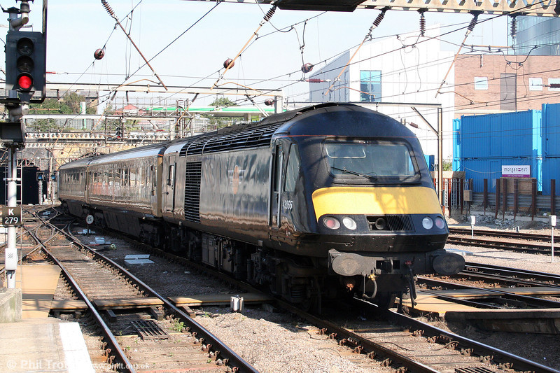 GC 43065 brings up the rear of the 1127 to Sunderland at London King's Cross on 20th September 2008.