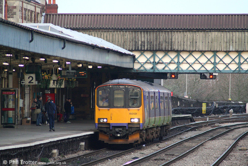 Former Silverlink 150121 calls at Newport forming FGW's 1407 Taunton to Cardiff Central on 26th January 2008.