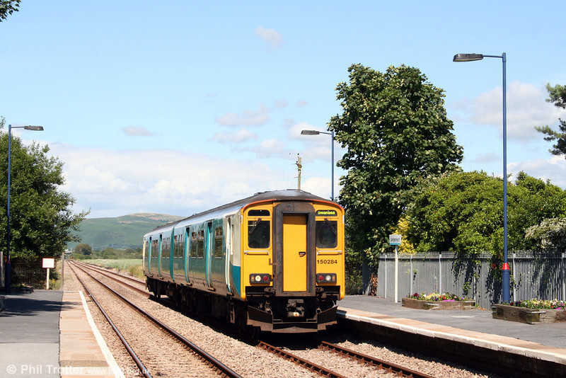 150284, forming the 1207 Shrewsbury to Swansea calls at Llangennech on 13th July 2008.