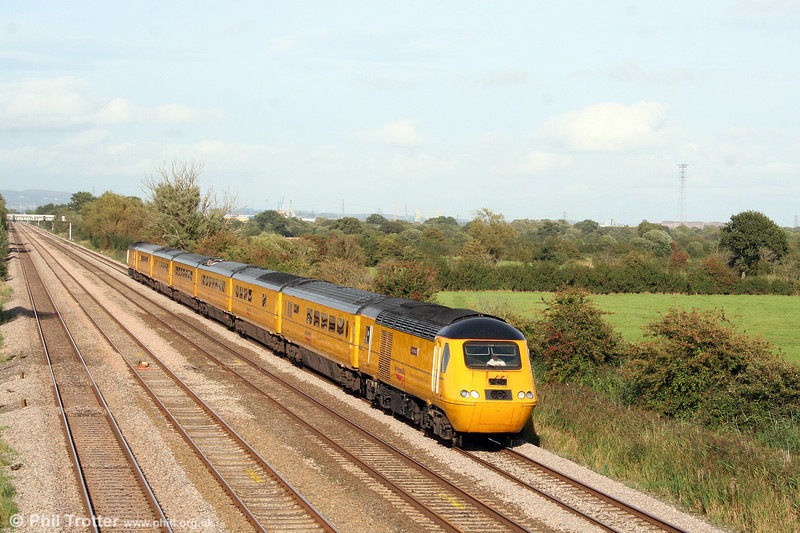 43062 'John Armitt' heads the NMT through Coedkernew on 10th September 2008.